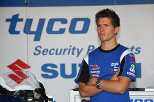 PJ Jacobsen signs for Tyco Suzuki