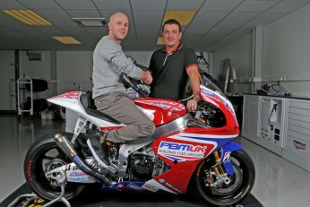 Laverty and Hernandez sign up to PBM