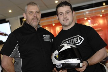 Michael Dunlop signs up with Shoei!